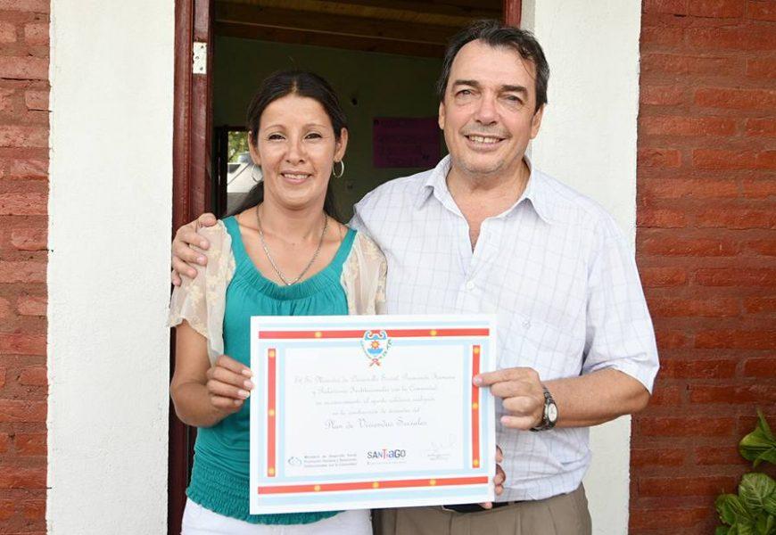 Familias de La Puñuna recibieron viviendas sociales