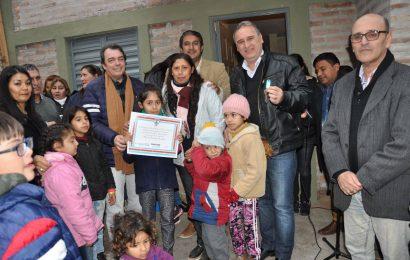 Nuevas viviendas sociales inauguradas en la ciudad de Frías
