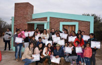 En departamento Banda se dejaron inauguradas 20 nuevas viviendas sociales