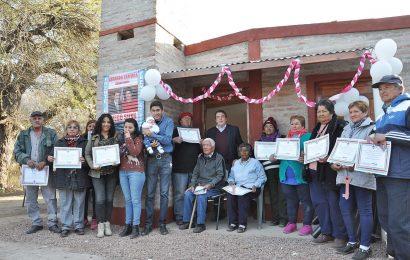 Inauguración de 14 viviendas en departamento Río Hondo y en departamento Capital.