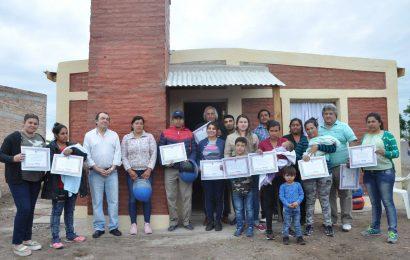 15 nuevas viviendas sociales en dpto Robles y dpto Banda