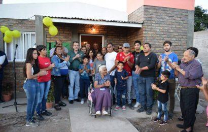 Familias de Villa Ojo de Agua accedieron a viviendas sociales