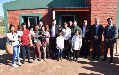 Inauguración de viviendas sociales en Dpto Río Hondo