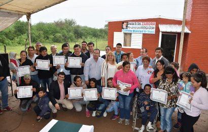 24 familias de Dpto Río Hondo recibieron viviendas sociales