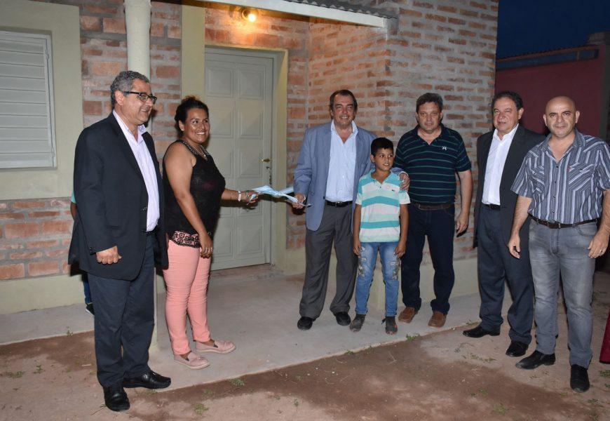 16 viviendas sociales inauguradas en Dpto. Alberdi