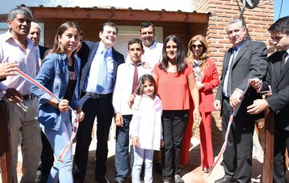 10 viviendas sociales inauguradas en Dpto. Juan Felipe Ibarra