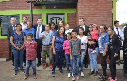 Inauguración de Viviendas Sociales en Dpto. Banda