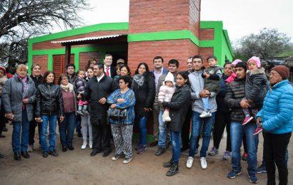 Entrega de viviendas sociales en Dpto. Capital