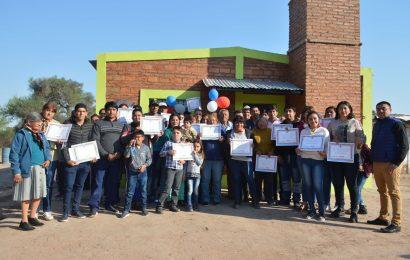 61 familias del Dpto. Moreno fueron beneficiadas con Viviendas Sociales