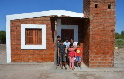 Entrega de 30 Viviendas Sociales en Dpto. Avellaneda