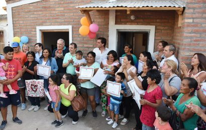 15 Viviendas Sociales habilitadas en Dpto. Río Hondo