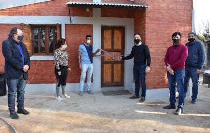 Entrega de 14  viviendas sociales en Dpto. Robles
