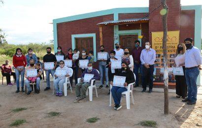 Entrega de Viviendas Sociales en Dpto. Silípica