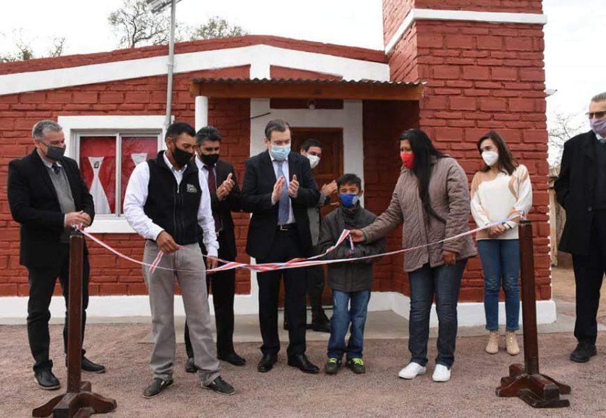 Entrega de 15 viviendas sociales en Dpto. Salavina